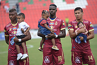 IBAGUÉ - COLOMBIA, 03-05-2016: Carlos Renteria, Marco Perez y Rafael Carrascal jugadores del Tolima durante los actos protocolarios previo al encuentro entre Deportes Tolima y Jaguares FC por la fecha 1 de la Liga Águila II 2017 jugado en el estadio Manuel Murillo Toro de Ibagué. / Carlos Renteria, Marco Perez and Rafael Carrascal players of Tolima during the formal events prior the match between Deportes Tolima and Jaguares FC for date 1 of the Aguila League II 2017 played at Manuel Murillo Toro stadium in Ibague city. Photo: VizzorImage / Juan Carlos Escobar / Cont