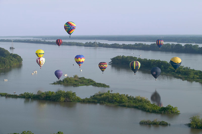 Hot-air Balloons over Tennessee River during Alabama Jubilee Hot-Air Balloon Classic