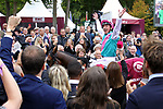 October 01, 2017, Chantilly, FRANCE - Enable with Lanfranco Dettori up winning the Qatar Prix de l'Arc de Triomphe (Gr. I) at  Chantilly Race Course  [Copyright (c) Sandra Scherning/Eclipse Sportswire)]