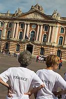 France, Haute-Garonne (31), Toulouse, la place du Capitole, l'hôtel de ville // France, Haute Garonne, Toulouse, Capitole square, town hall