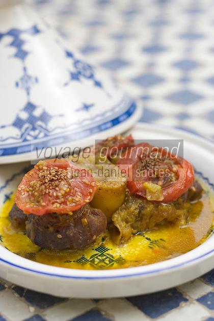 """Afrique/Afrique du Nord/Maroc/Fès: Palais Jamai- Tajine de Jaret de veau Makfoul recette d'Hicham Hassan chef du restaurant """"Al Fassia"""""""