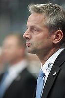 Co-Trainer Georg Franz (Straubing)<br /> Adler Mannheim vs. Straubing Tigers, SAP Arena<br /> *** Local Caption *** Foto ist honorarpflichtig! zzgl. gesetzl. MwSt. <br /> Auf Anfrage in hoeherer Qualitaet/Aufloesung. Belegexemplar an: Marc Schueler, Am Ziegelfalltor 4, 64625 Bensheim, Tel. +49 (0) 6251 86 96 134, www.gameday-mediaservices.de. Email: marc.schueler@gameday-mediaservices.de, Bankverbindung: Volksbank Bergstrasse, Kto.: 151297, BLZ: 50960101