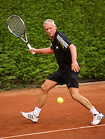 Netherlands, Amstelveen, August 21, 2015, Tennis,  National Veteran Championships, NVK, TV de Kegel,  Henk Korteling<br /> Photo: Tennisimages/Henk Koster