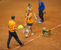Arena Loire,  Trélazé,  France, 14 April, 2016, Semifinal FedCup, France-Netherlands, Dutch team practise, collectie balls<br /> Photo: Henk Koster/Tennisimages