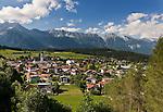 Austria, Tyrol, Innsbruck Holiday Village: Natters | Oesterreich, Tirol, Innsbrucks Feriendorf: Natters am Eingang des Stubaitals