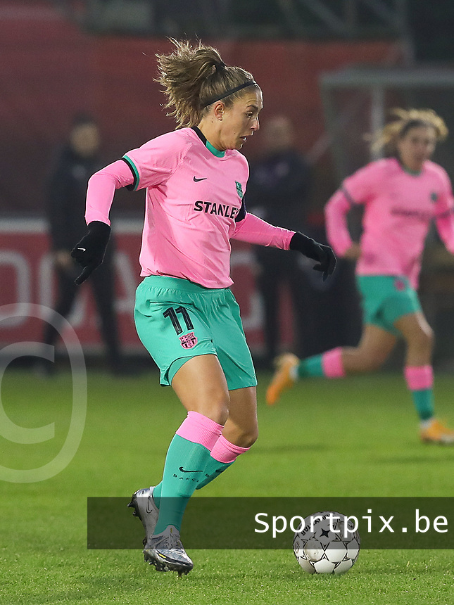 Alexia Putellas (11 Barcelona) with the ball during a female soccer game between PSV Eindhoven Vrouwen and Barcelona, in the round of 32, 1st leg of Uefa Womens Champions League of the 2020 - 2021 season , Wednesday 9th of December 2020  in , Eindhoven, the Netherlands. PHOTO SPORTPIX.BE | SPP | SEVIL OKTEM