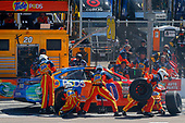 2017 Monster Energy NASCAR Cup Series<br /> Camping World 500<br /> Phoenix International Raceway, Avondale, AZ USA<br /> Sunday 19 March 2017<br /> Matt Kenseth, Tide Toyota Camry pit stop<br /> World Copyright: Russell LaBounty/LAT Images<br /> ref: Digital Image 17PHX1rl_6305