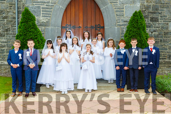 THe pupils from Kilmurry NS Cordal who made their First Holy Comunion in Cordal on Saturday