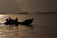 Ribeirinhos no rio Guamá, as estradas na região.<br /> <br /> Belém, Pará, Brasil<br /> Foto Paulo Santos<br /> 19/03/2013