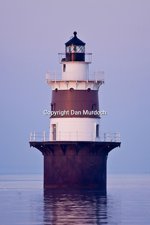 Peck's Ledge Lighthouse on a quiet morning