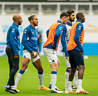 1st November 2020; St James Park, Newcastle, Tyne and Wear, England; English Premier League Football, Newcastle United versus Everton; Dominic Calvert-Lewin of Everton leads warm up with Everton players