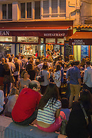 France, Aquitaine, Pyrénées-Atlantiques, Pays Basque, Biarritz : Lieu incontournable pour un Apéro Tapas, le Bar  Jean//  France, Pyrenees Atlantiques, Basque Country, Biarritz: Biarritz at night,