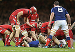 Captain Sam Warburton keeps an eye on France number 8 Louis Picamoles as Wales look to secure the ball.<br /> RBS 6 Nations 2014<br /> Wales v France<br /> Millennium Stadium<br /> 21.02.14<br /> <br /> ©Steve Pope-SPORTINGWALES