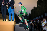 Sam Bennett (IRE/Deceuninck-Quick Step) wins the last stage into Paris AND the Green Jersey as the overall points winner of the 2020 Tour de France<br /> <br /> Stage 21 from Mantes-la-Jolie to Paris (122km)<br /> <br /> 107th Tour de France 2020 (2.UWT)<br /> (the 'postponed edition' held in september)<br /> <br /> ©kramon