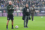 01.12.2018,  GER; 2. FBL, FC St. Pauli vs SG Dynamo Dresden ,DFL REGULATIONS PROHIBIT ANY USE OF PHOTOGRAPHS AS IMAGE SEQUENCES AND/OR QUASI-VIDEO, im Bild Co-Trainer Andre Trulsen (Pauli) und Trainer Markus Kauczinski (Pauli) Foto © nordphoto / Witke *** Local Caption ***