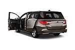 Car images close up view of a 2018 Honda Odyssey EX-L 5 Door Mini Van doors