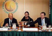 20040215, Rotterdam, ABNAMRO WTT, Danny Blind en Goran Ivanisevic tijdens de loting