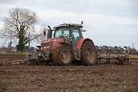 11/1/2021 Ploughing land following sugar beet in South Lincolnshire<br /> ©Tim Scrivener Photographer 07850 303986<br />      ....Covering Agriculture In The UK....
