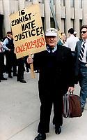 Holocaust denier Ernst Zundel<br /> <br /> Photo : Boris Spremo - Toronto Star archives - AQP