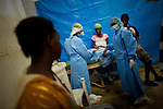 © Remi OCHLIK/IP3 - Gonaives on 2010 november 10 - A three-week-old cholera epidemic that has killed more than 640 people in Haiti is spreading quickly in the northwest coastal city of Gonaive