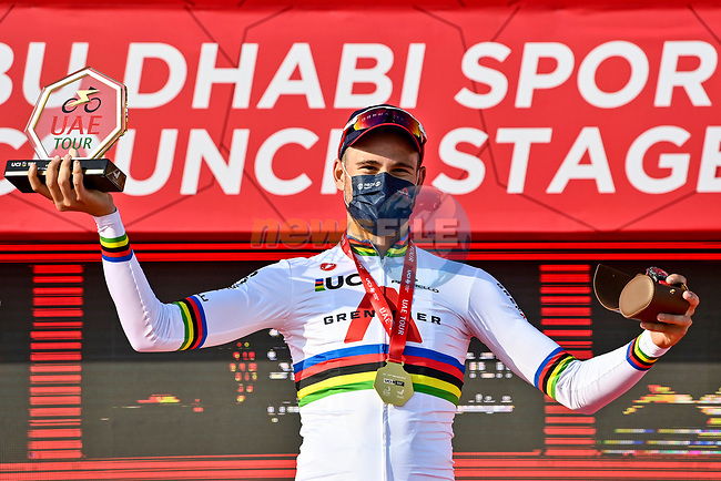 World Champion Filippo Ganna (ITA) Ineos Grenadiers wins Stage 2 of the 2021 UAE Tour running 13km around Al Hudayriyat Island, Abu Dhabi, UAE. 22nd February 2021.  <br /> Picture: LaPresse/Fabio Ferrari | Cyclefile<br /> <br /> All photos usage must carry mandatory copyright credit (© Cyclefile | LaPresse/Fabio Ferrari)