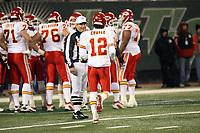 Quarterback Brodie Croyle eilt in den Huddle der Kansas City Chiefs<br /> New York Jets vs. Kansas City Chiefs<br /> *** Local Caption *** Foto ist honorarpflichtig! zzgl. gesetzl. MwSt. Auf Anfrage in hoeherer Qualitaet/Aufloesung. Belegexemplar an: Marc Schueler, Am Ziegelfalltor 4, 64625 Bensheim, Tel. +49 (0) 6251 86 96 134, www.gameday-mediaservices.de. Email: marc.schueler@gameday-mediaservices.de, Bankverbindung: Volksbank Bergstrasse, Kto.: 151297, BLZ: 50960101