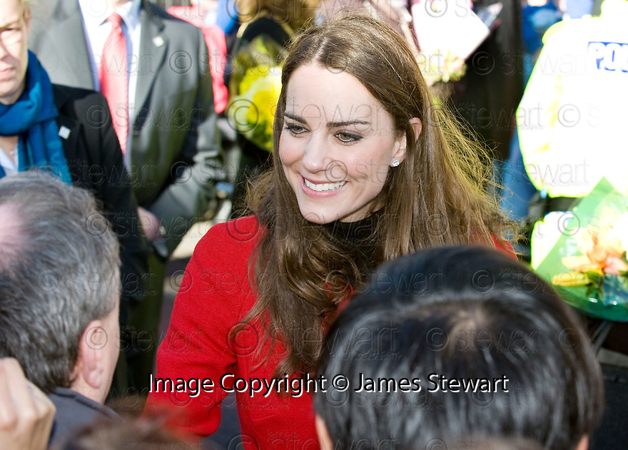 ::  KATE MIDDLETON GOES WALK ABOUT IN ST ANDREWS :: HRH PRINCE WILLIAM OF WALES AND FIANCE KATE MIDDLETON WHERE IN ST ANDREWS TO LAUNCH THE UNIVERSITY OF ST ANDREWS' 600TH ANNIVERSARY CELEBRATIONS  ::