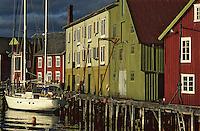 Europe/Norvège/Iles Lofoten/Hennigsvaer: le port de pêche au skréi cabillaud