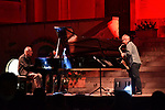 In Piazza Duomo, <br /> Duke's dream <br /> Enrico Pieranunzi, pianoforte <br /> Rosario Giuliani, sax alto e soprano<br /> Musiche di Duke Ellington