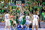 07.09.2011, Siemens Arena, Vilnius, LTU, FIBA EuroBasket 2011, Serbien vs Litauen, im Bild Nenad Krstic of Serbia between Robertas Javtokas and Sarunas Jasikevicius of Lithuania during basketball game between National basketball teams of Serbia and Lithuania at FIBA Europe Eurobasket Lithuania 2011, on September 7, 2011, in Siemens Arena,  Vilnius, Lithuania. EXPA Pictures © 2011, PhotoCredit: EXPA/ Sportida/ Vid Ponikvar  +++++ ATTENTION - OUT OF SLOVENIA/(SLO) +++++
