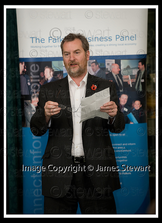 04/11/2008  Copyright Pic: James Stewart.File Name : 15_charan_gill.FALKIRK BUSINESS PANEL :: TALK BUSINESS :: ALISTAIR MITCHELL GIVES THE VOTE OF THANKS TO CHARAN GILL MBE.James Stewart Photo Agency 19 Carronlea Drive, Falkirk. FK2 8DN      Vat Reg No. 607 6932 25.Studio      : +44 (0)1324 611191 .Mobile      : +44 (0)7721 416997.E-mail  :  jim@jspa.co.uk.If you require further information then contact Jim Stewart on any of the numbers above.........