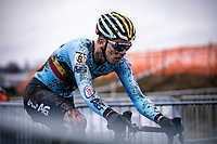 Thibau Nys (BEL) solo's to victory and the men's junior World Championship title. <br /> <br /> Men's Junior race<br /> UCI 2020 Cyclocross World Championships<br /> Dübendorf / Switzerland<br /> <br /> ©kramon