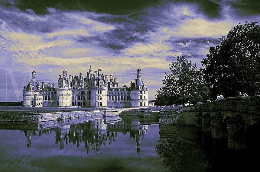 France, Loire Valley, Chateau de Chambord seen across water (largest of the Loire chateaux)    ,Ä+