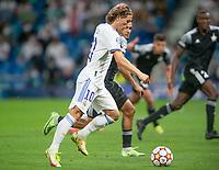 28th September 2021; Estadio Santiago Bernabeu, Madrid, Spain; Men's Champions League, Real Madrid CF versus FC Sheriff Tiraspol; Luka Modric shoots on goal