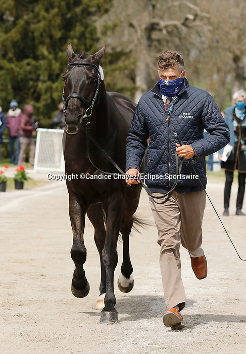 April 21, 2021: 69 Tsetserleg TSF and rider Boyd Martin from the USA in the first horse veterinary inspection at the Land Rover Three Day Event at the Kentucky Horse Park in Lexington, KY on April 21, 2021.  Candice Chavez/ESW/CSM