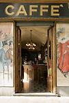 Italien, Piemont, Hauptstadt Turin: Cafe Vittorio auf der Piazza Vittorio Veneto | Italy, Piedmont, capital Torino: Cafe Vittorio at Piazza Vittorio Veneto