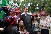 Jacob Rees-Mogg (British Conservative Party politician, Member of Parliament for North East Somerset; he is on the Eurosceptic wing of the Conservative Party) with some Australians.<br /> <br /> London, 24/06/2016. The United Kingdom decided to leave the European Union. The British people voted (Turnout 72.2%): 51,9% to leave the EU (17,410,742 Votes) versus 48,1% to remain in the EU (16,141,241 Votes).<br /> <br /> For the full caption please find the 2-page PDF attached at the beginning of this story.<br /> <br /> For more information abou the result please clich here: http://www.bbc.co.uk/news/politics/eu_referendum/results