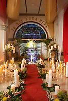 GINEBRA - COLOMBIA: 18-04-2018. Homilia durante el jueves santo en la población de Ginebra, Valle del Cauca, Colombia, de la semana santa para los cristianos. / Homily during the holy thursday in  the town of Ginebra, Valle del Cauca, Colombia as part of Easter Week to the Christians.  Photo: VizzorImage / Gabriel Aponte / Staff
