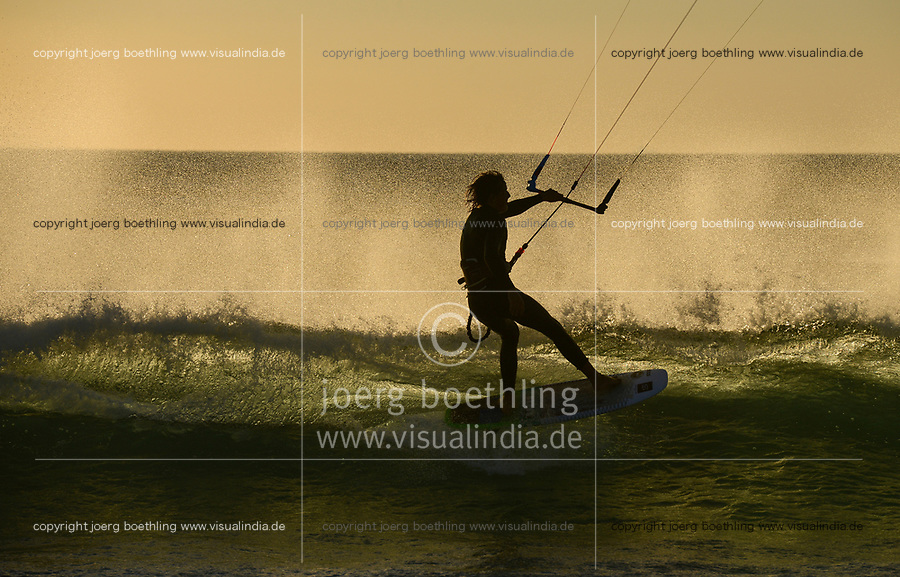 Spain, Andalusia, Tarifa, kite surfer in atlantic ocean