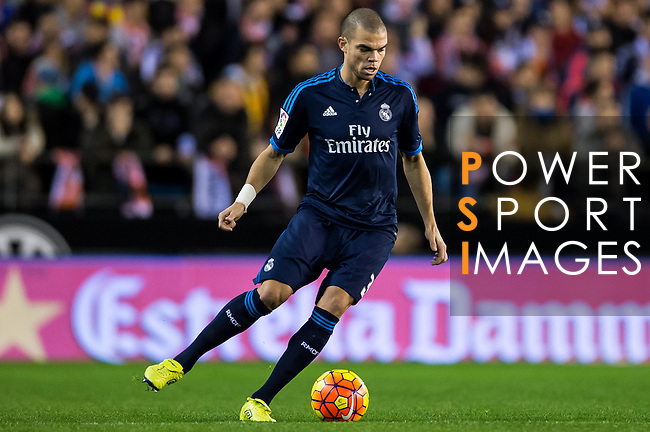 Valencia CF plays Real Madrid CF during the Liga BBVA 2015-2016 match on January 03, 2016 at the Mestalla Stadium in Valencia, Spain. Photo by Aitor Colomer / Power Sport Images