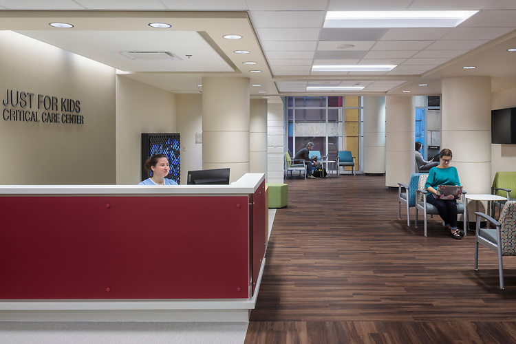 Norton Children's Hospital Jennifer Lawrence Cardiac Intensive Care Unit | Design Group