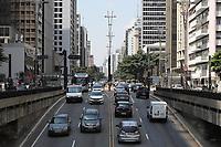 SÃO PAULO, SP, 18.03.2020 - TRÂNSITO-SP - Trânsito tranquilo, mesmo com o rodízio liberado, na Avenida Paulista, em São Paulo, nesta quarta-feira, 18. (Foto Charles Sholl/Brazil Photo Press/Folhapress)