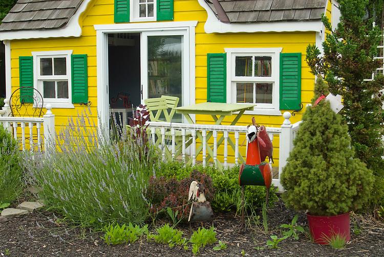 Little play house for children kids garden