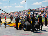 Richie Crampton, DHL, top fuel, crew