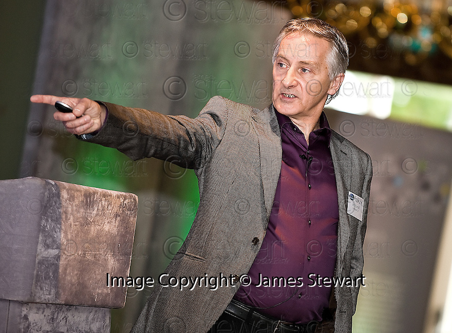 24/09/2010   Copyright  Pic : James Stewart.013_fbp_conf_2010  .::  FALKIRK BUSINESS PANEL :: 2010 CONFERENCE :: DR JIM HAMILL, DIRECTOR, ENERGISE 2.0 ::.