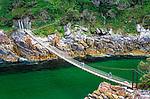 Suedafrika, Garden Route, Tsitsikamma National Park: Haengebruecke ueber die Muendung des Storms River | South Africa, Garden Route, Tsitsikamma National Park: suspension bridge across Storms River Mouth