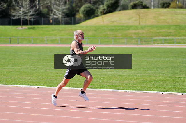 NELSON, NEW ZEALAND - SEPTEMBER 26: Athletics at Saxton Field during the NZCT South Island Masters Games, 26 September 2015, Nelson, New Zealand<br /> Photo: Chris Conroy/shuttersport.co.nz