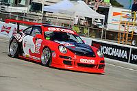 #32 (GTC) GMG Racing Porsche 911 GT3 Cup, Bret Curtis, James Sofronas & Andy Pilgrim