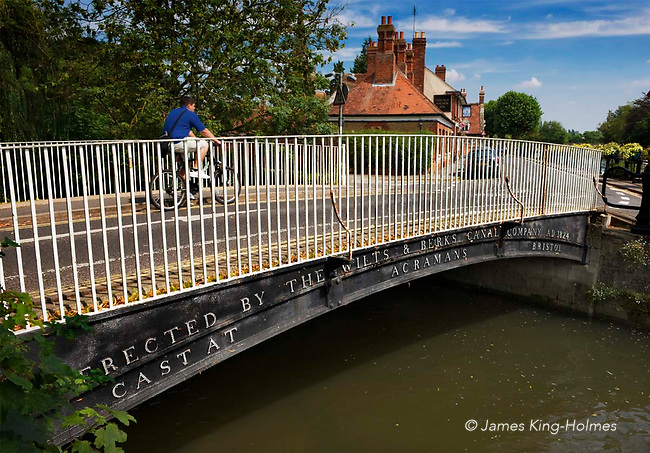 A small bridge crossing the River Stert at Abingdon, at its junction with the Thames. As indicated it was cast by the Bristol-based firm of Acraman for the Wilts & Berks Canal Company, which transported coal from the Somerset coalfields to the Midlands during the 19th Century. Acraman had patented a chain cable design in 1823 and went on to develop foundries and other businesses connected with marine engineering.