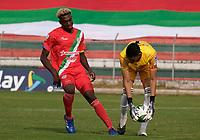 TULUA - COLOMBIA, 12-12-2020: Cortuluá y Valledupar F.C. en partido por la fecha 22, cuadrangulares semifinales, del Torneo BetPlay DIMAYOR I 2020 jugado en el estadio Doce de Octubre de la ciudad de Tuluá. / Cortulua and Valledupar F.C. in match for the date 22, semifinal home runs, as part of BetPlay DIMAYOR Tournament I 2020 played at Doce de Octubre stadium in Tulua city. Photo: VizzorImage / Juan Jose Horta / Cont